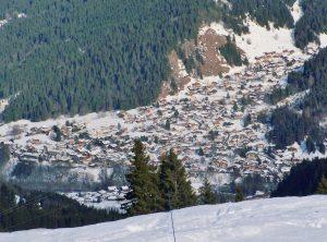 Le village des Contamines en hiver