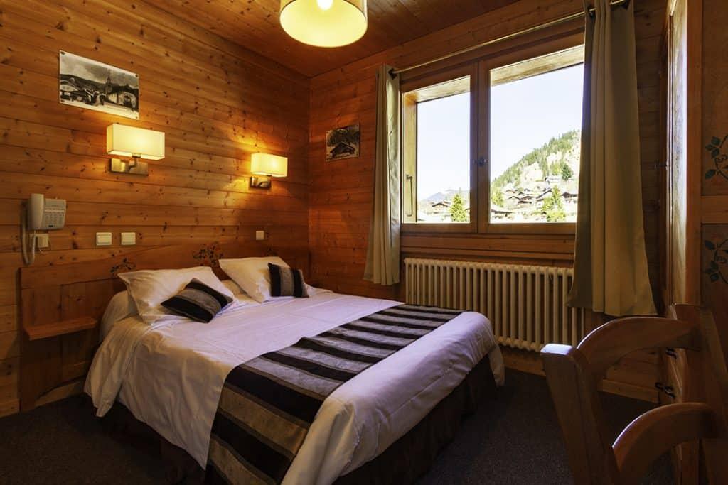 Chambre Standard vue grand lit